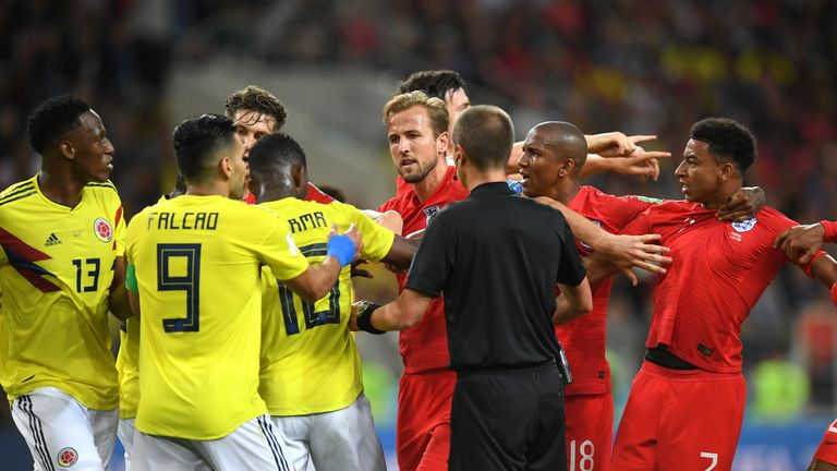 Players from both teams have to be separated following an incident involving Jordan Henderson and Wilmar Barrios
