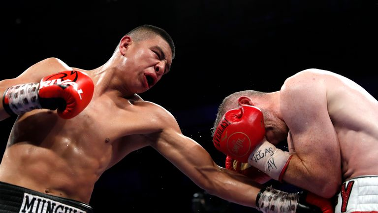 Munguia dominated the title fight against Smith
