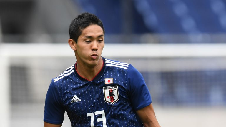 Yoshinori Muto completes Newcastle move after work permit granted