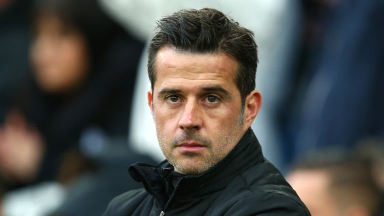 Everton manager Marco Silva has called on his players to give a reaction