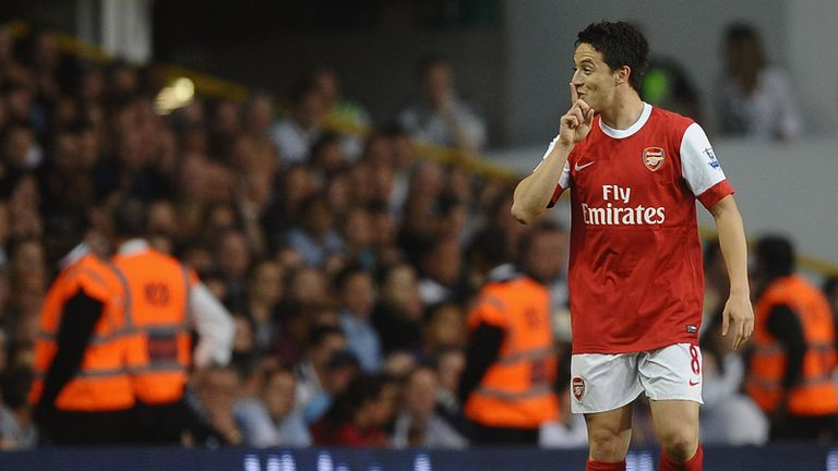 A speculative effort from Nasri makes it 2-1 to Arsenal
