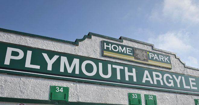 Home Park: Sutherland joins