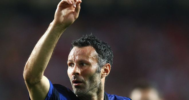 Ryan Giggs: Looking for title springboard with United