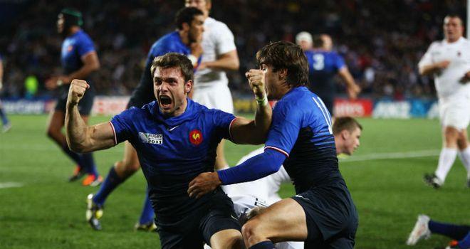 Vincent Clerc celebrates his try