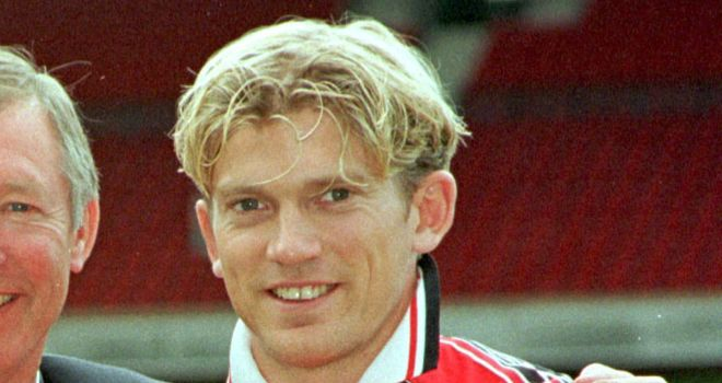 Jesper Blomqvist, who played for United from 1998 to 2001, has given Lindelof his backing