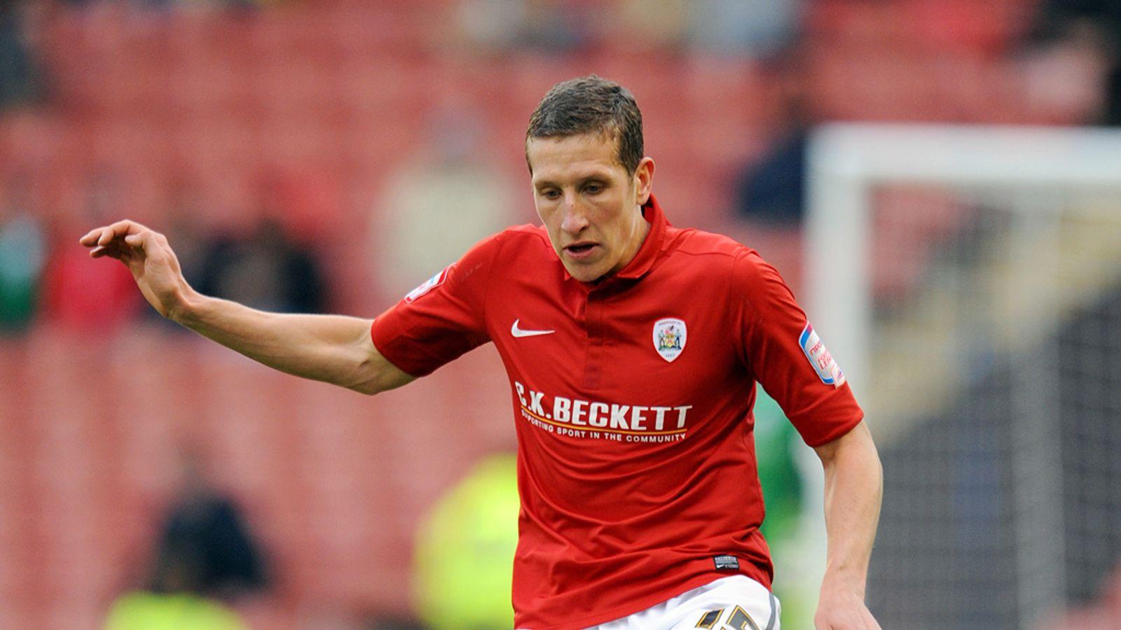 Transfer News Barnsley Defender Jimmy McNulty Set To Sign