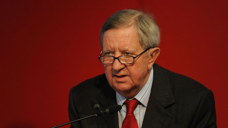 Peter Hill-Wood: In dark over reported Middle-Eastern takeover