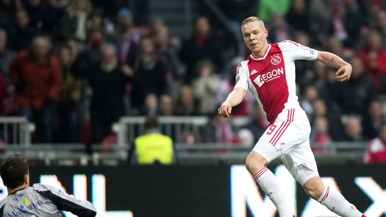 Eredivisie Ajax Beat Pec Zwolle 3 0 To Go Top Feyenoord And Vitesse Arnhem Win Football News Sky Sports