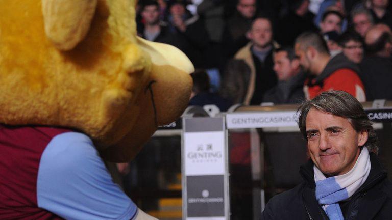 Roberto Mancini: Wants Manchester City to keep on winning after narrow victory at Aston Villa