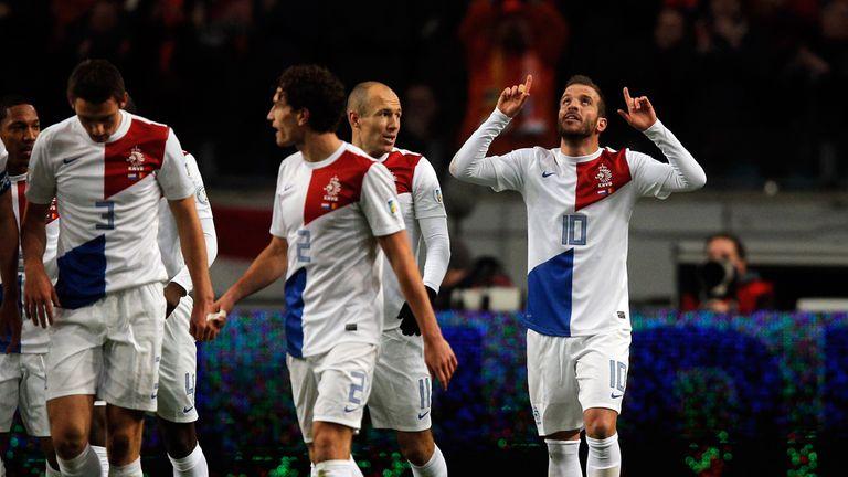Rafael Van der Vaart: Celebrates his goal against Romania