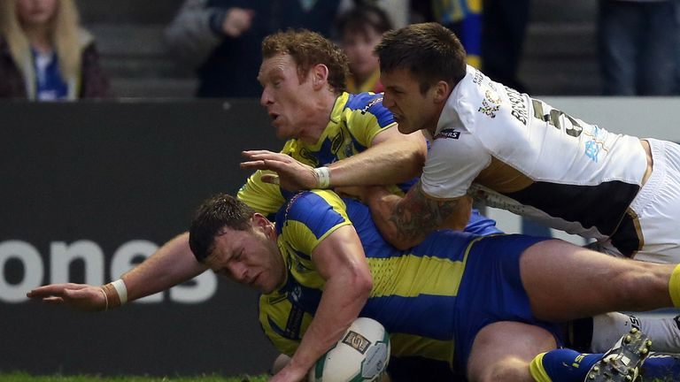 Simon Grix: Warrington forward replaced by Matty Hadden in Ireland's World Cup squad