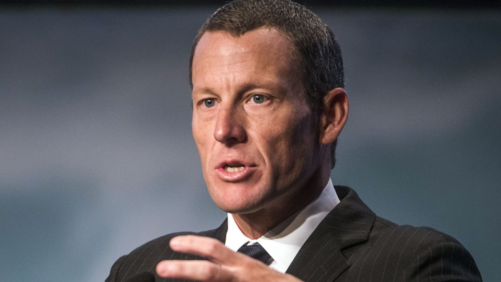 Lance Armstrong hits back at US federal lawsuit