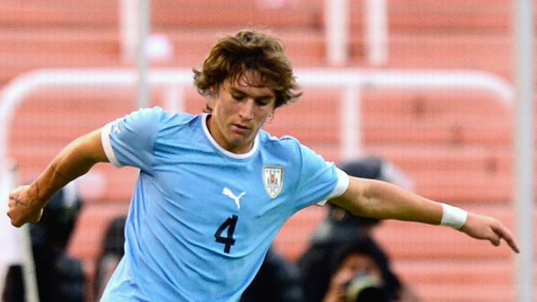 Guillermo Varela: Uruguay Under-20 international defender poised to join Manchester United