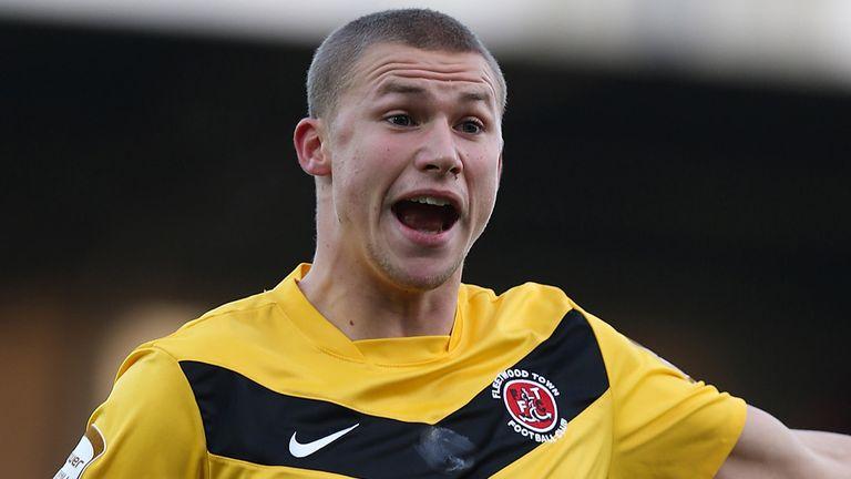 Alex Marrow: Returns to Highury Stadium