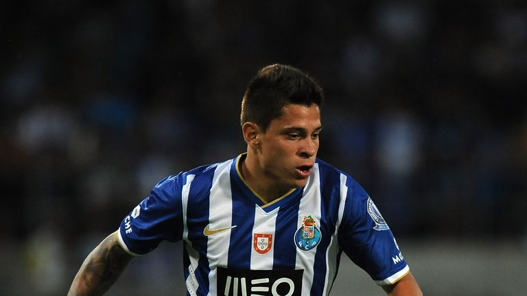 SION, SWITZERLAND - JULY 13:  Iturbe of FC Porto in action during the pre-season friendly match between FC Porto and Olympique Marseille at Estadio Tourbillon on July 13, 2013 in Sion, Switzerland.  (Photo by Valerio Pennicino/Getty Images)