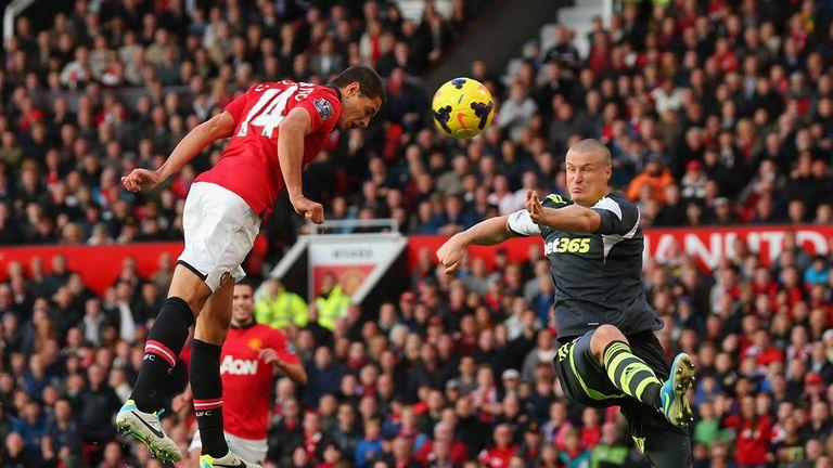 Javier Hernandez: Heads home United's winner