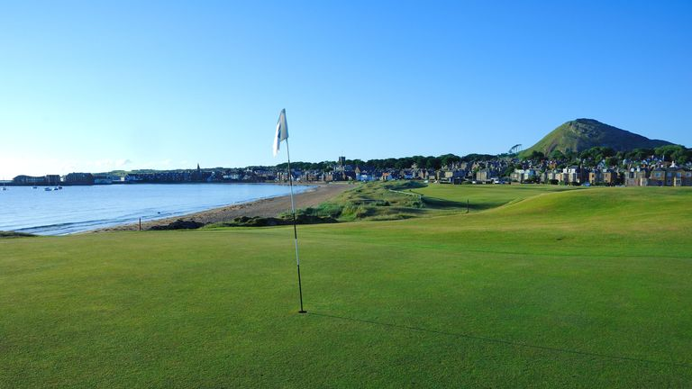 The 1st green - North Berwick