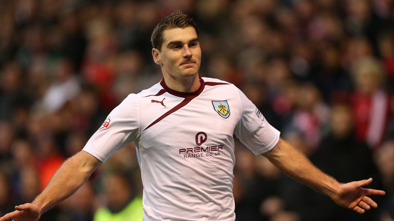 Sam Vokes put the leaders ahead from the spot