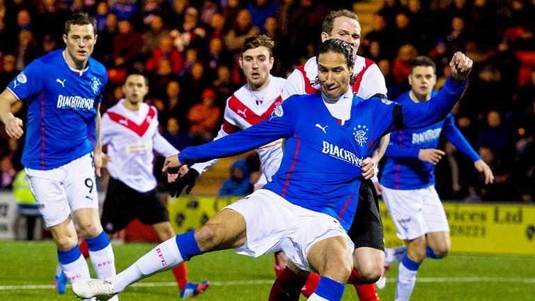 Bilel Mohsni:l Threatens for Rangers during the game against
