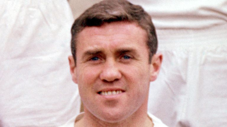 Bobby Collins: Passes away at the age of 82