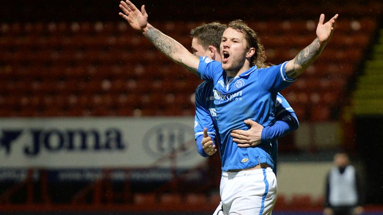 Stevie May: Celebrates his 20th goal of the season