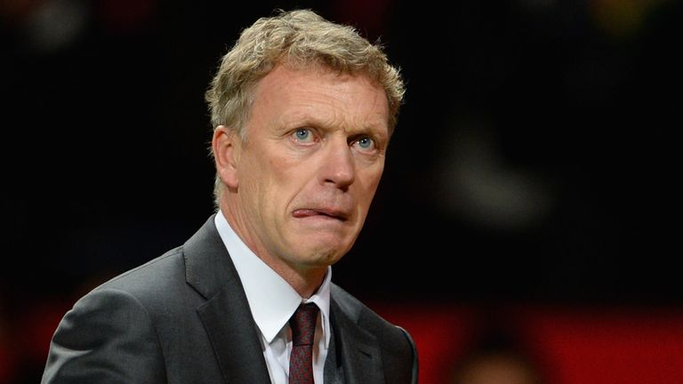 MANCHESTER, ENGLAND - JANUARY 01:  Manchester United Manager David Moyes reacts at the end of the Barclays Premier League match between Manchester United a