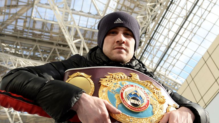 Burns was a world champion at super-featherweight and lightweight