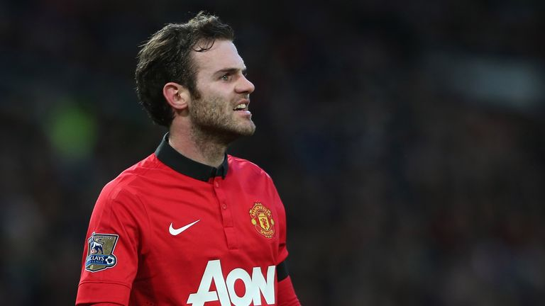 Juan Mata looks frustrated as Manchester United go into half-time 1-0 down to Fulham.