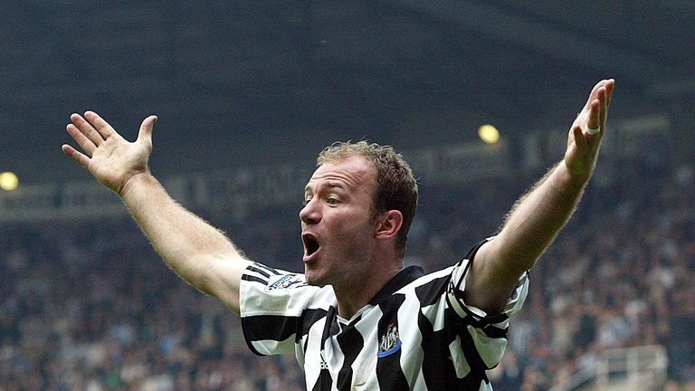 Alan Shearer became the most expensive player in the world  in 1996