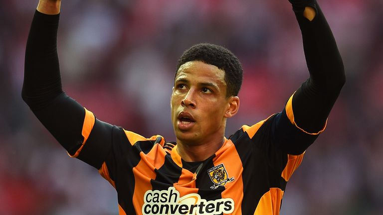 LONDON, ENGLAND - APRIL 13:  Captain Curtis Davies of Hull City celebrates victory after the FA Cup with Budweiser semi-final match between Hull City and S