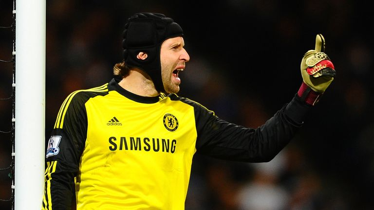 Petr Cech did not concede any goals from outside the box in 2005/06