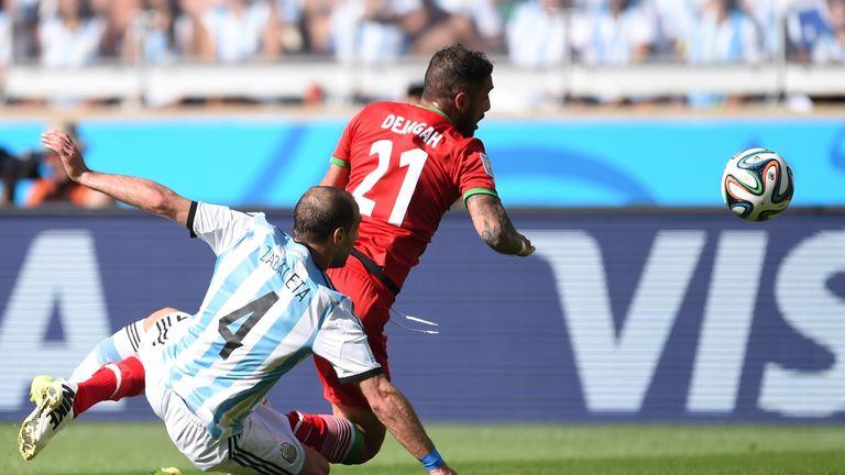 Ashkan Dejagah (R): Wanted a penalty