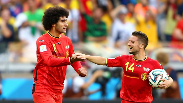 BELO HORIZONTE, BRAZIL - JUNE 17:  Marouane Fellaini of Belgium (L) celebrates scoring his team's first goal with Dries Mertens during the 2014 FIFA World