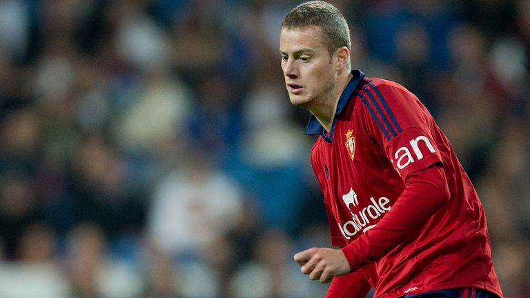 Oriol Riera playing for Osasuna against Real Madrid in January