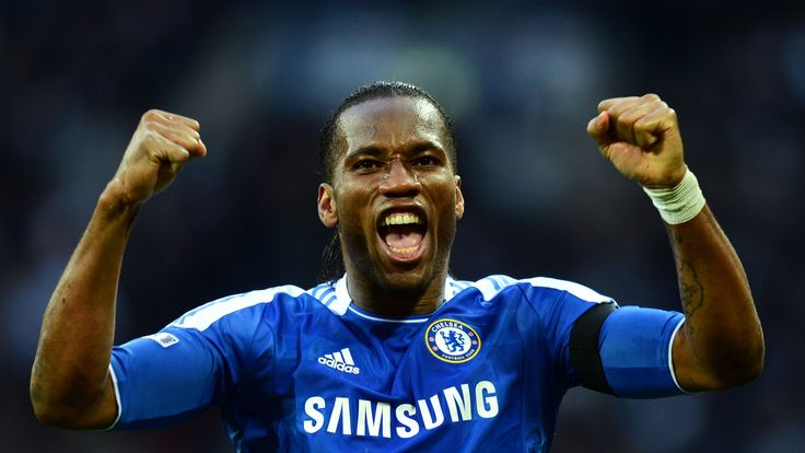 LONDON, ENGLAND - APRIL 15:  Didier Drogba of Chelsea celebrates as  Ramires scores their third goal during the FA Cup with Budweiser Semi Final match betw