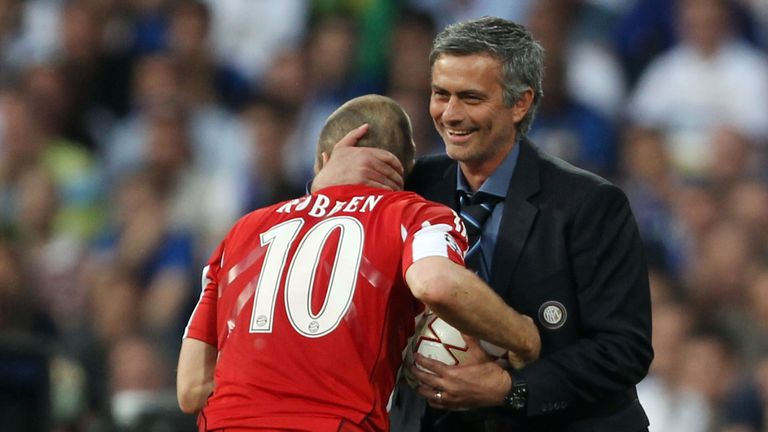 Head coach Jose Mourinho of Inter Milan embraces Arjen Robben of Bayern Muenchen during the 2010 UEFA Champions League Final