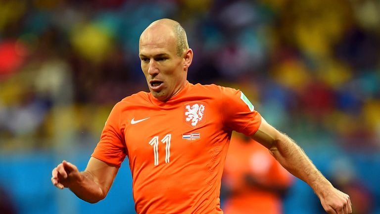 Arjen Robben will need to step up for the Netherlands if he is to ease the pressure on Guus Hiddink