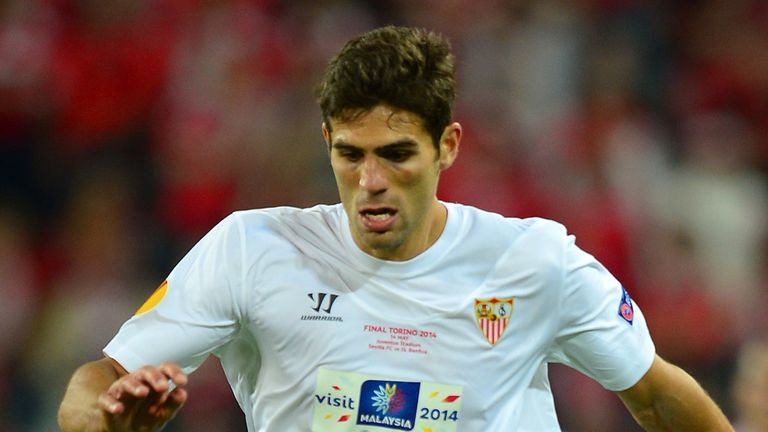 Federico Fazio of Sevilla in action during the UEFA Europa League Final match between Sevilla FC and SL Benfica at Juventus Stadium