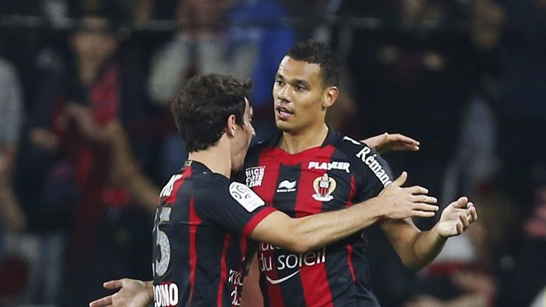 Nice's French defender Thimothee Kolodziejczak (R) celebrates after scoring a goal during the French L1 football match Nice (OGC Nice) vs Lorient (FCL) on
