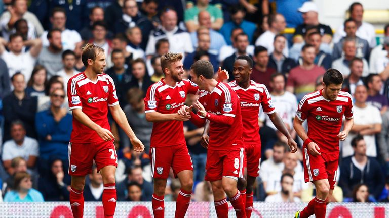 LONDON, ENGLAND - SEPTEMBER 21:  James Morrison (2nd L) of West Brom celebrates with teammates after scoring the opening goal during the Barclays Premier L