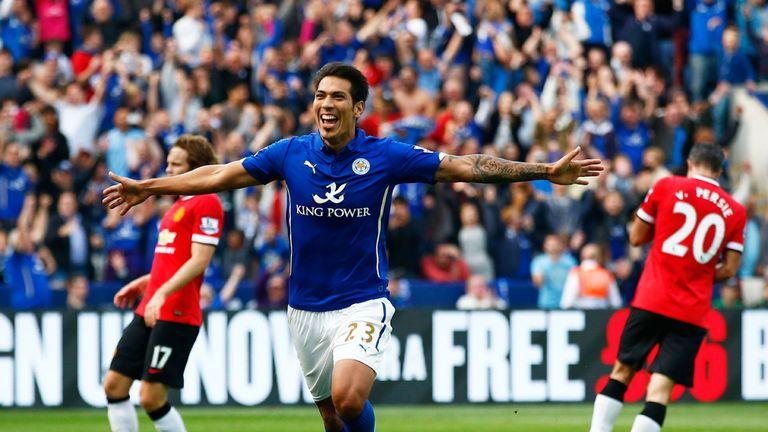 Leonardo Ulloa celebrates Leicester's fifth goal