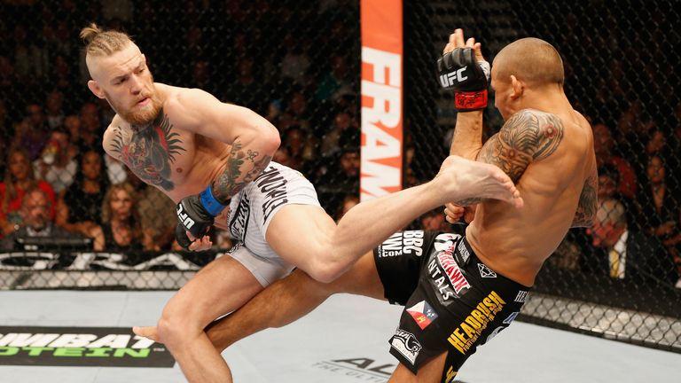 Conor McGregor (L) beat Dustin Poirier in Las Vegas