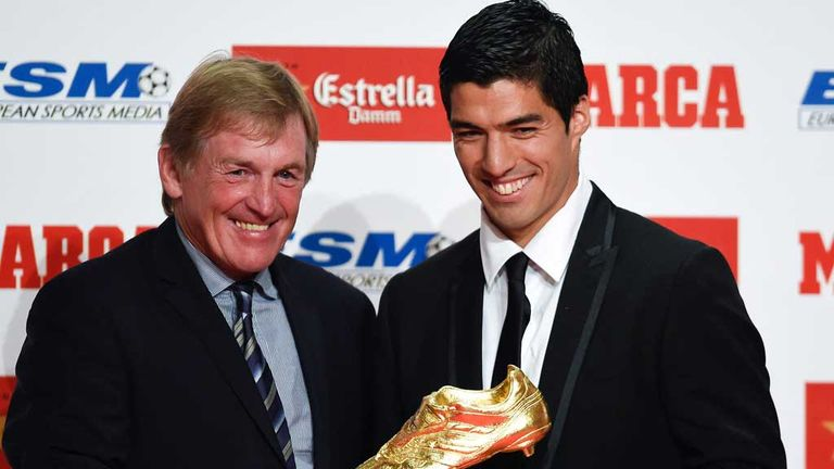 Kenny Dalglish presents Luis Suarez with the Golden Boot