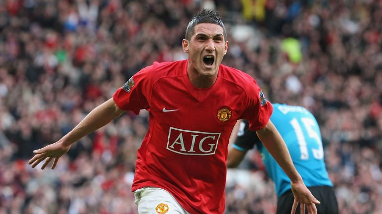Federico Macheda's debut goal against Aston Villa helped United no their way to the title