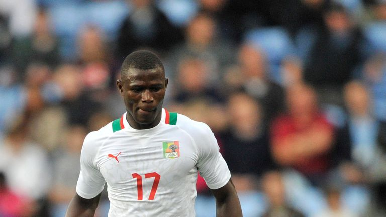 COVENTRY, UNITED KINGDOM - AUGUST 1:  Stephane Badji of Senegal  move the ball during the Men's Football first round Group A Match between Senegal and Unit