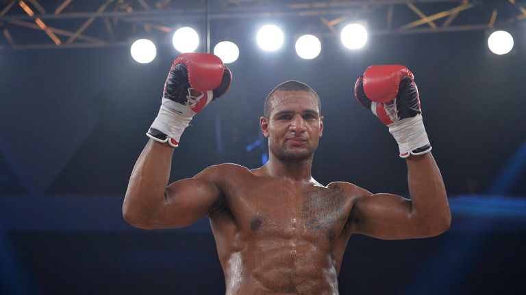 Bob Ajisafe celebrates after his victory over Matty Clarkson (Photographer credit: www.leighdawneyphotography.com)