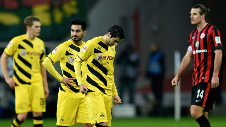 Borussia Dortmund players look dejected after the defeat