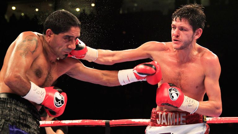 Jamie McDonnell (right)  wants to make a 'statement' against Tomoki Kameda