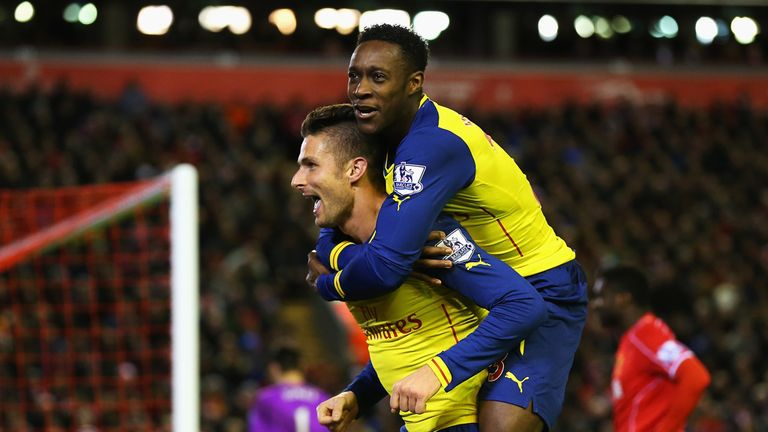 Olivier Giroud celebrates Arsenal's second goal with Danny Welbeck