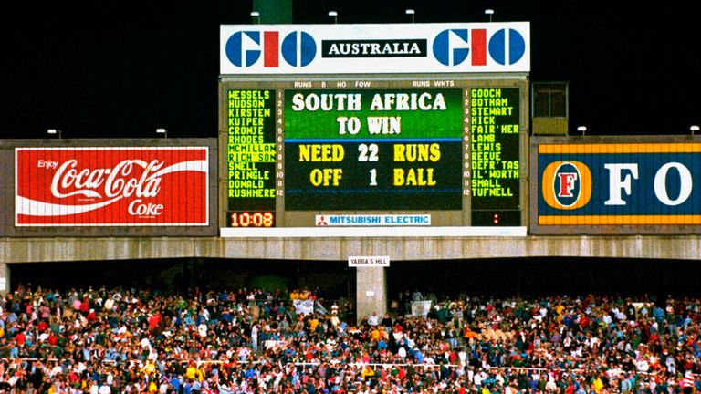 The scoreboard shows an impossible ask for South Africa.